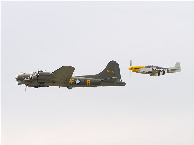 Boeing B17 and P.51 Mustang